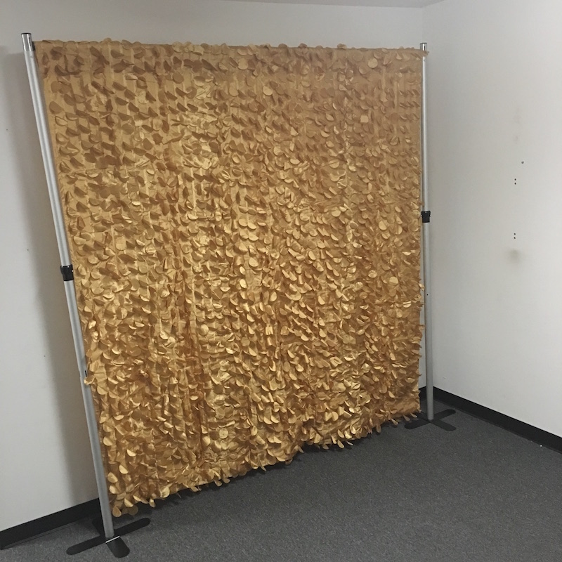 how to attach backdrop to stand