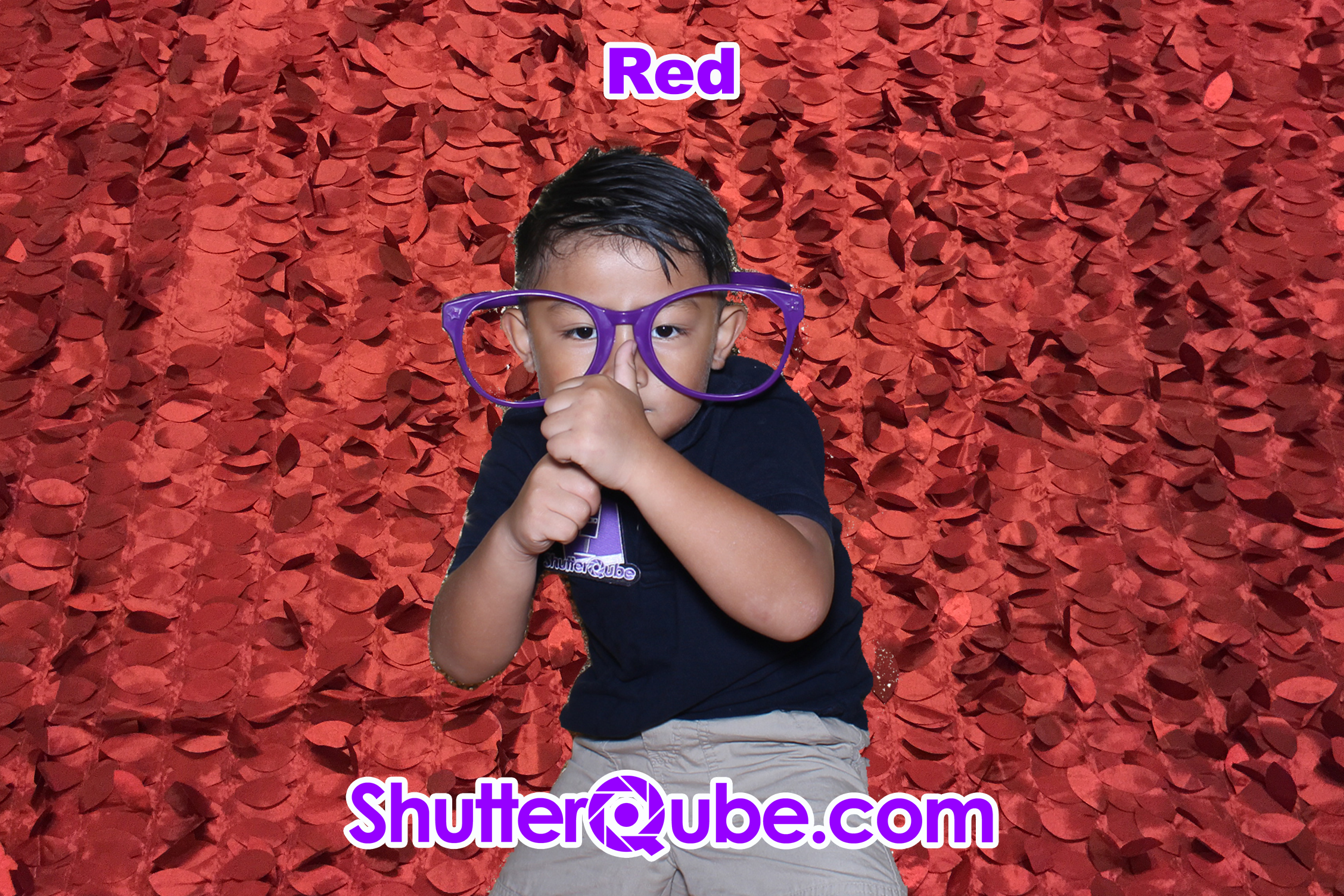 red leaf photo booth backdrop